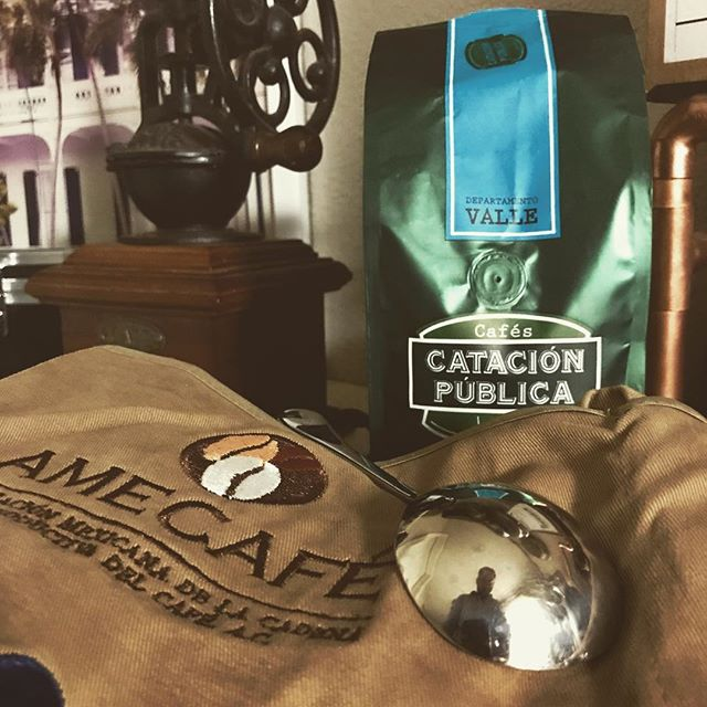 Three trips and some three hundred coffees later, I finally earned my Q-grader certification. ☕️Mil gracias a mis gueys en Amecafe y mis parces de @catacion_publica por enseñarme el buen camino. ☕️ I'm fully ready to appreciate coffees and open markets for smallholder farmers. 🌱🌱🌱🌱🌱🌱🌱🌱🌱🌱🌱🌱🌱🌱🌱🌱🌱