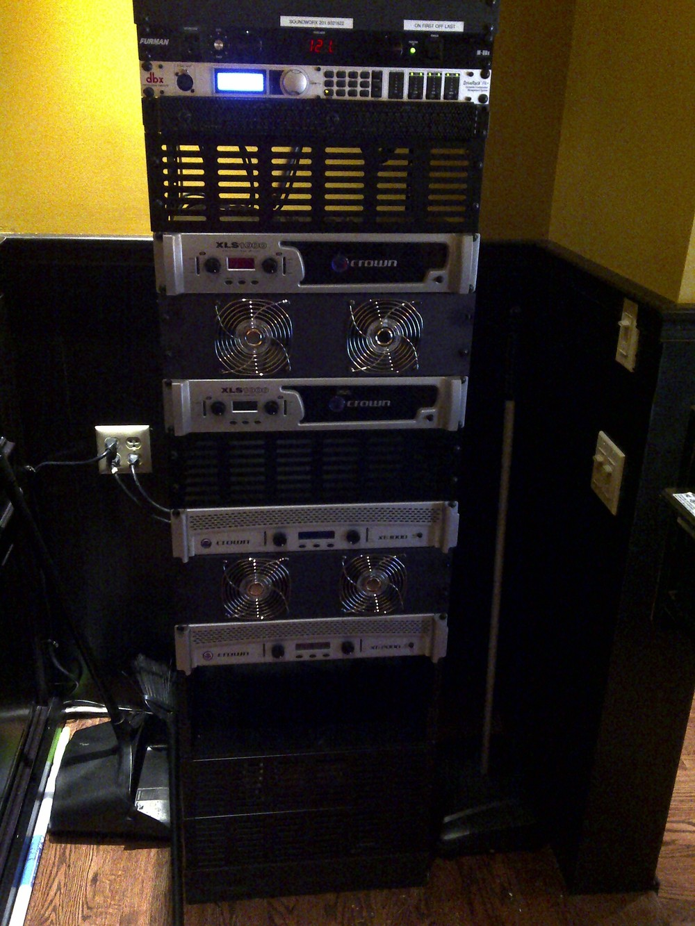Blackthorn Parsippany AMP Rack.jpg