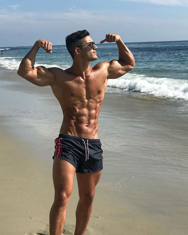 Summer abs are made in winter, get crackin brahs - #aesthetics #bodybuilding #fitness #fit #fitfam #zyzz #jeffseid #fitnessmotivation #fitnessmodel #abs #sixpack #shredded #gains #shoulders #delts #yagerfitness #jednorth #hatersgonnahate #fitgoals #biceps #chestday #fitspiration #travel #travelblogger #beach #summervibes #ripped #gains