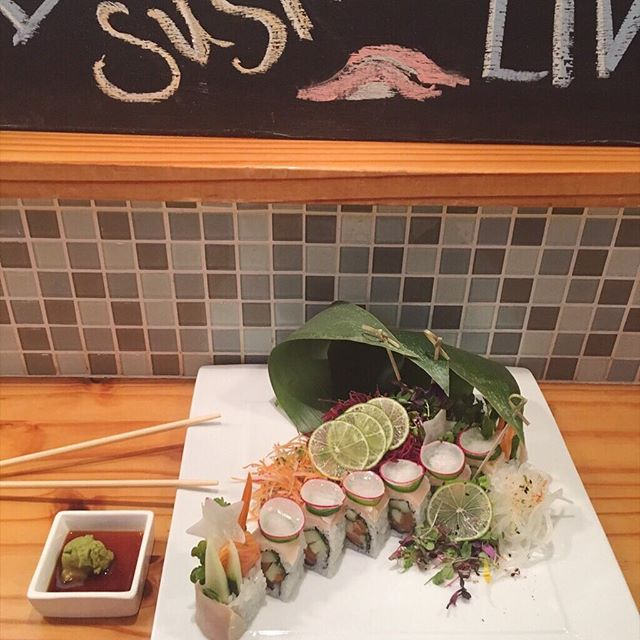 Sushi Saturday 🍣 ... also Sake Saturday 🍶 #CmonGetHapi  #sushisushi #Saturdays