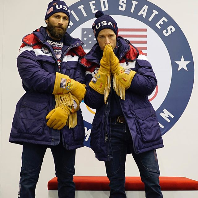 Watching one of the boys and Shaun go for halfpipe glory 🥇tonight!! Go USA 🇺🇸!! Good luck @jjthomas_  @shaunwhite #bringhomegold