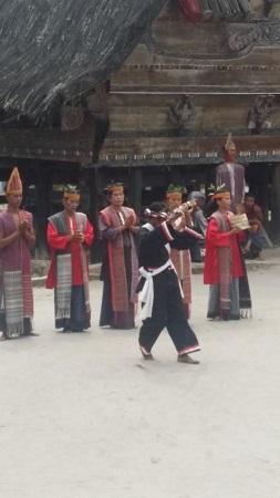 Traditionelle Bataktänzer