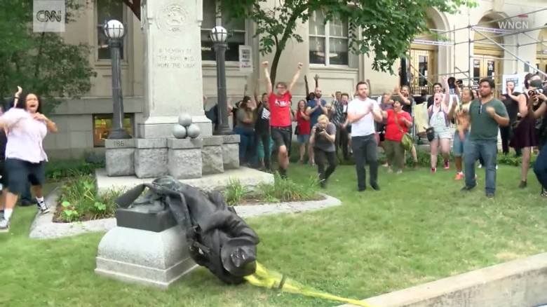 170814205825-durham-protest-confederate-monument-torn-down-00001415-exlarge-169.jpg