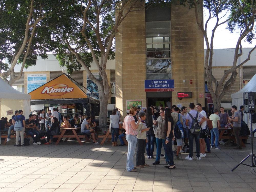university-malta-student-cafeteria-42696b4622587ab0257a6bfc487f3363.jpg
