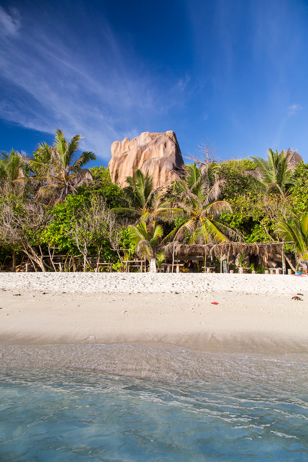 BeachBar_LaDigue_Seychelles_051.jpg