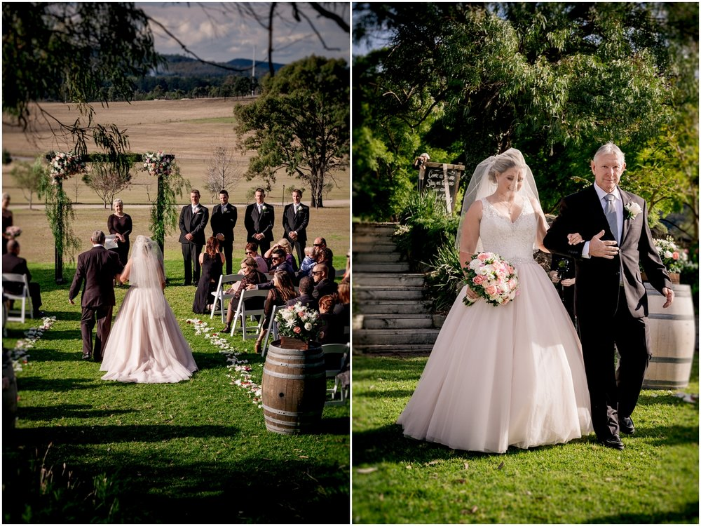 Adams Peak Barn Wedding_0019.jpg