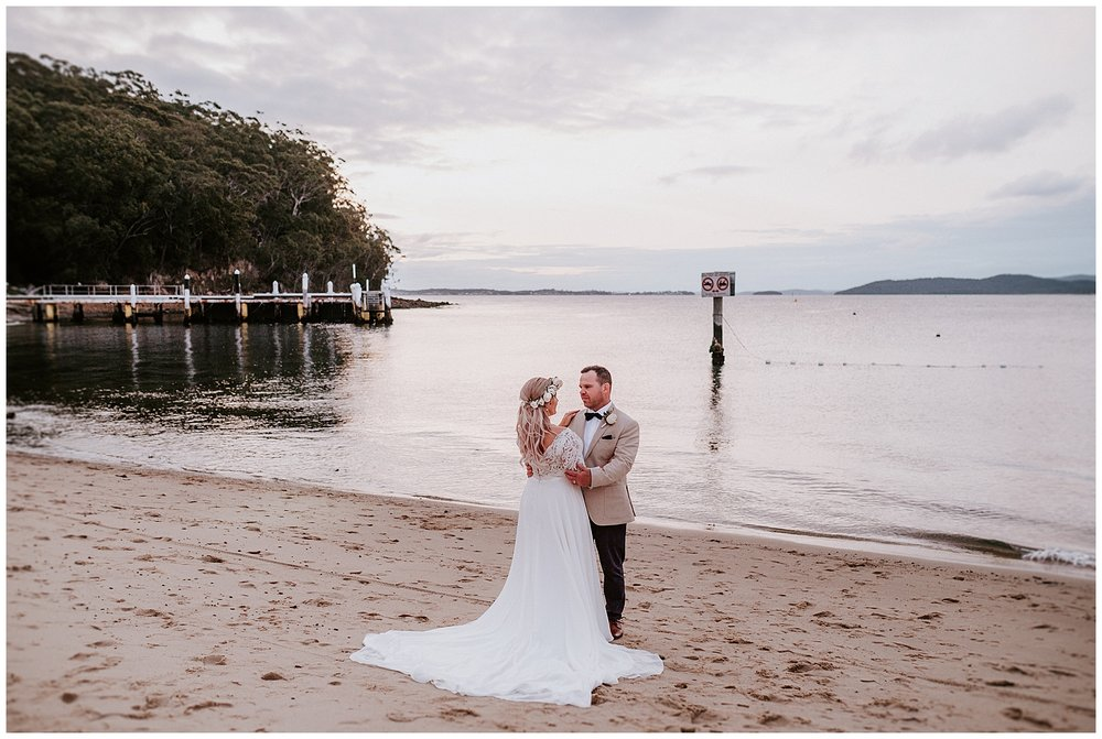 Little Beach Boathouse Wedding Photos Popcorn Photography_0027.jpg