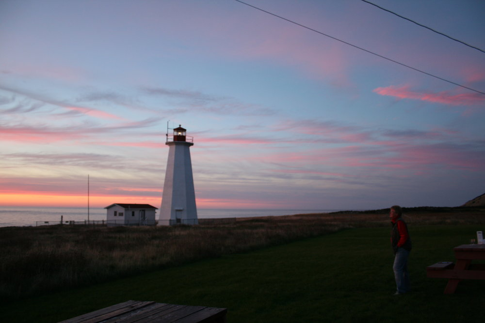 cape-anguille-lighthouse-inn-at-sunset_14166281447_o.jpg