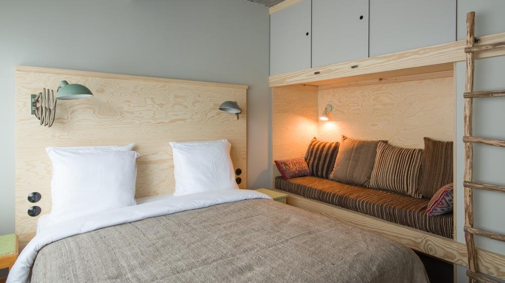 jam-hotel-brussels-rooms-ultra-room-02.jpg