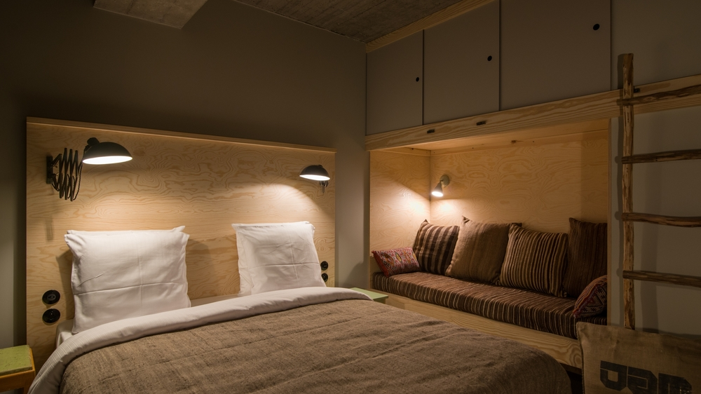 jam-hotel-brussels-rooms-ultra-room-03.jpg