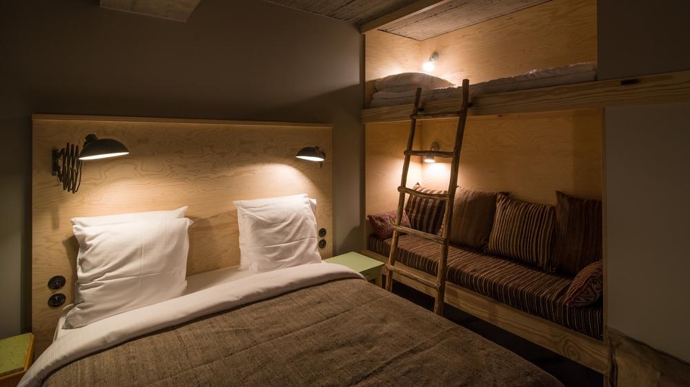 jam-hotel-brussels-rooms-ultra-room-04.jpg