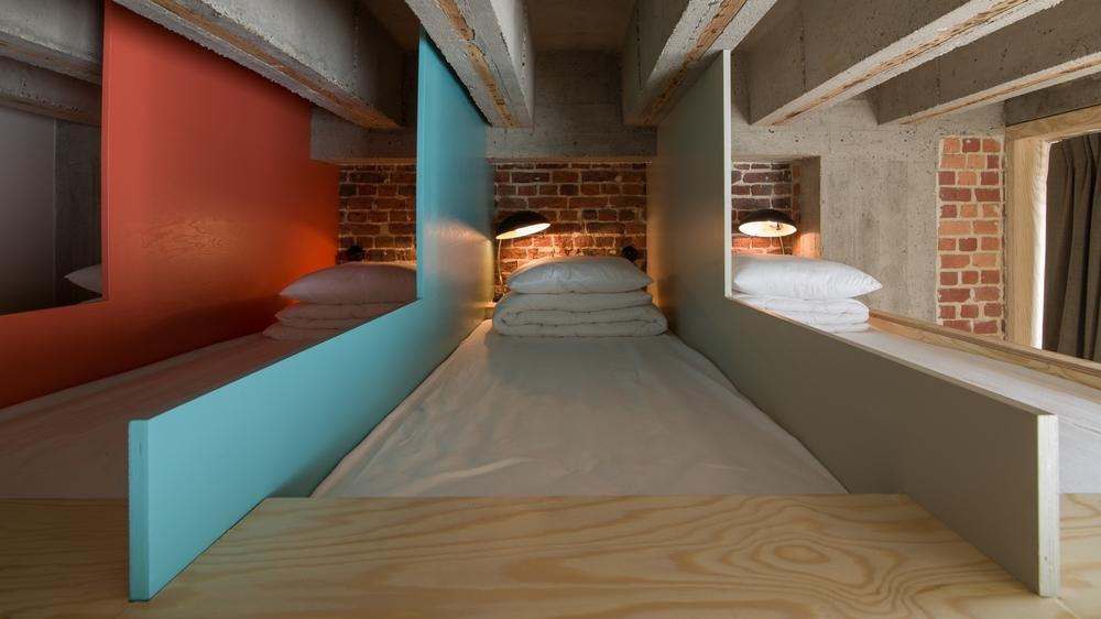 jam-hotel-brussels-rooms-giga-dormitory-03.jpg