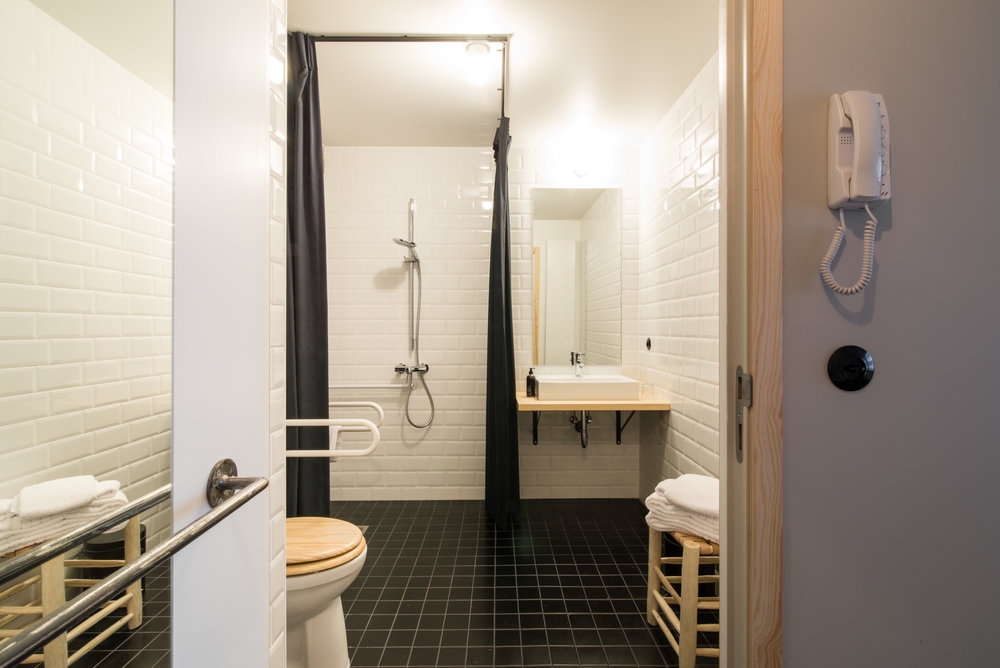 jam-hotel-brussels-rooms-super-room-08.jpg