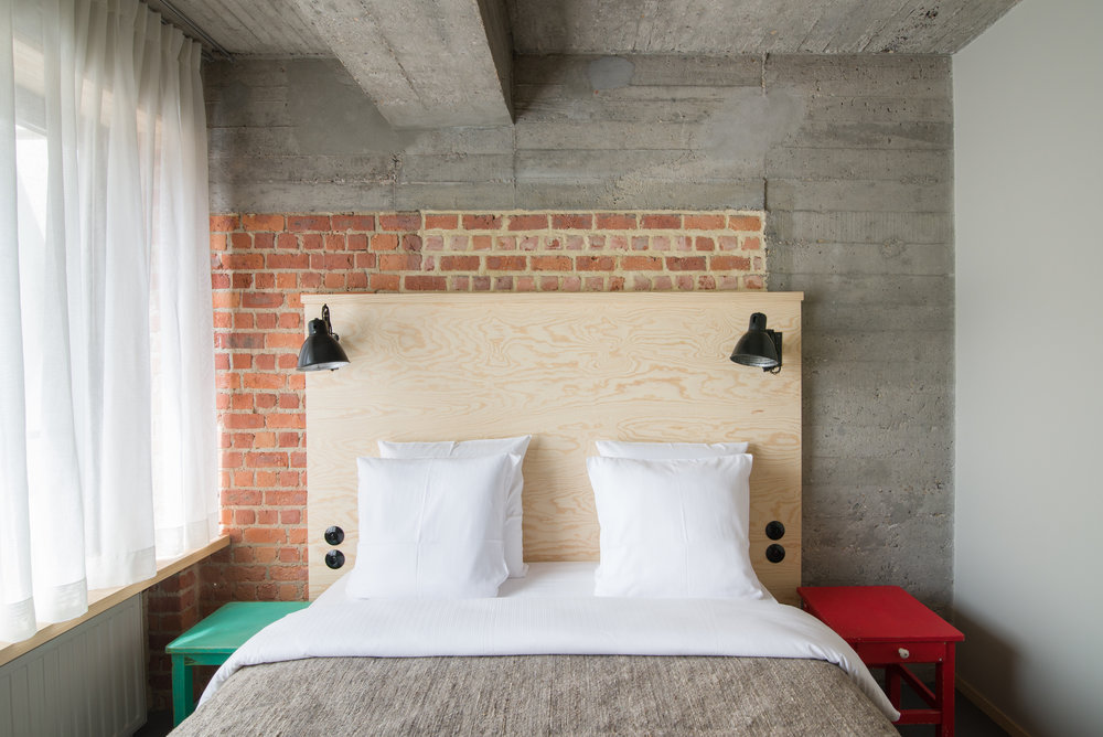 jam-hotel-brussels-rooms-extra-room-01.jpg