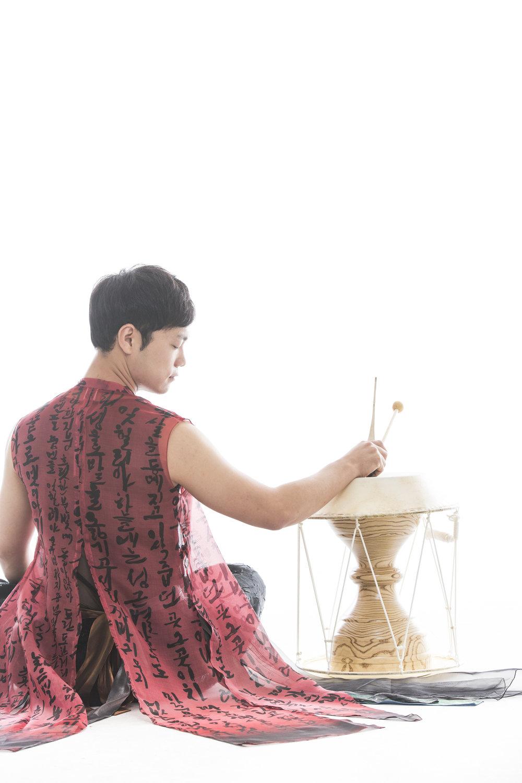 Hong Sung Hyun_3.jpg