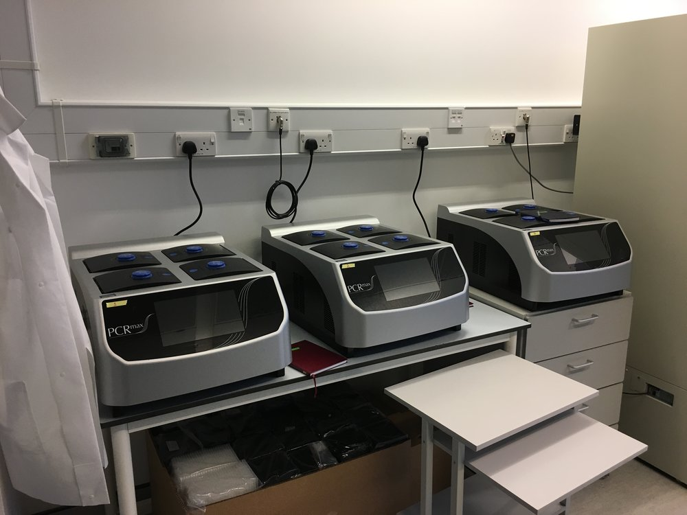 PCRMAX ALPHA CYCLER 4 WITH A CAPACITY OF SIX 96-WELL PLATES AND TWO 384-WELL PLATES
