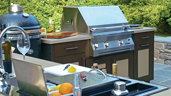 Picking Out The Best Hardware For Your Outdoor Kitchen