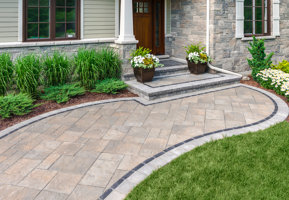 7 Beautiful Landscaping Ideas for Small Front Yards in Smithtown, NY