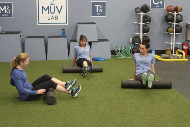 MuvLab-DTC Foam rolling to recover and prevent injuries.