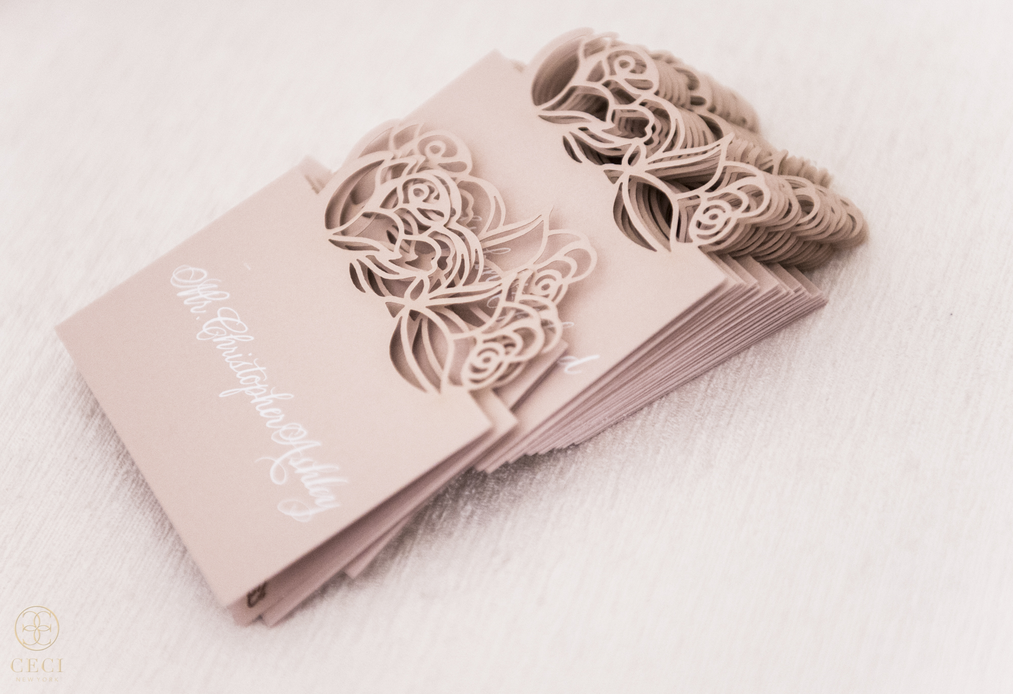 rose_gold_pink_romantic_real_wedding_roses_inspiration_cecinewyork_cecistyle_v152_1-7.jpg