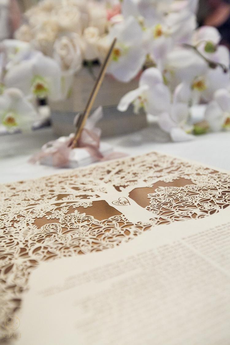rose_gold_pink_romantic_real_wedding_roses_inspiration_cecinewyork_cecistyle_v152_1-12.jpg
