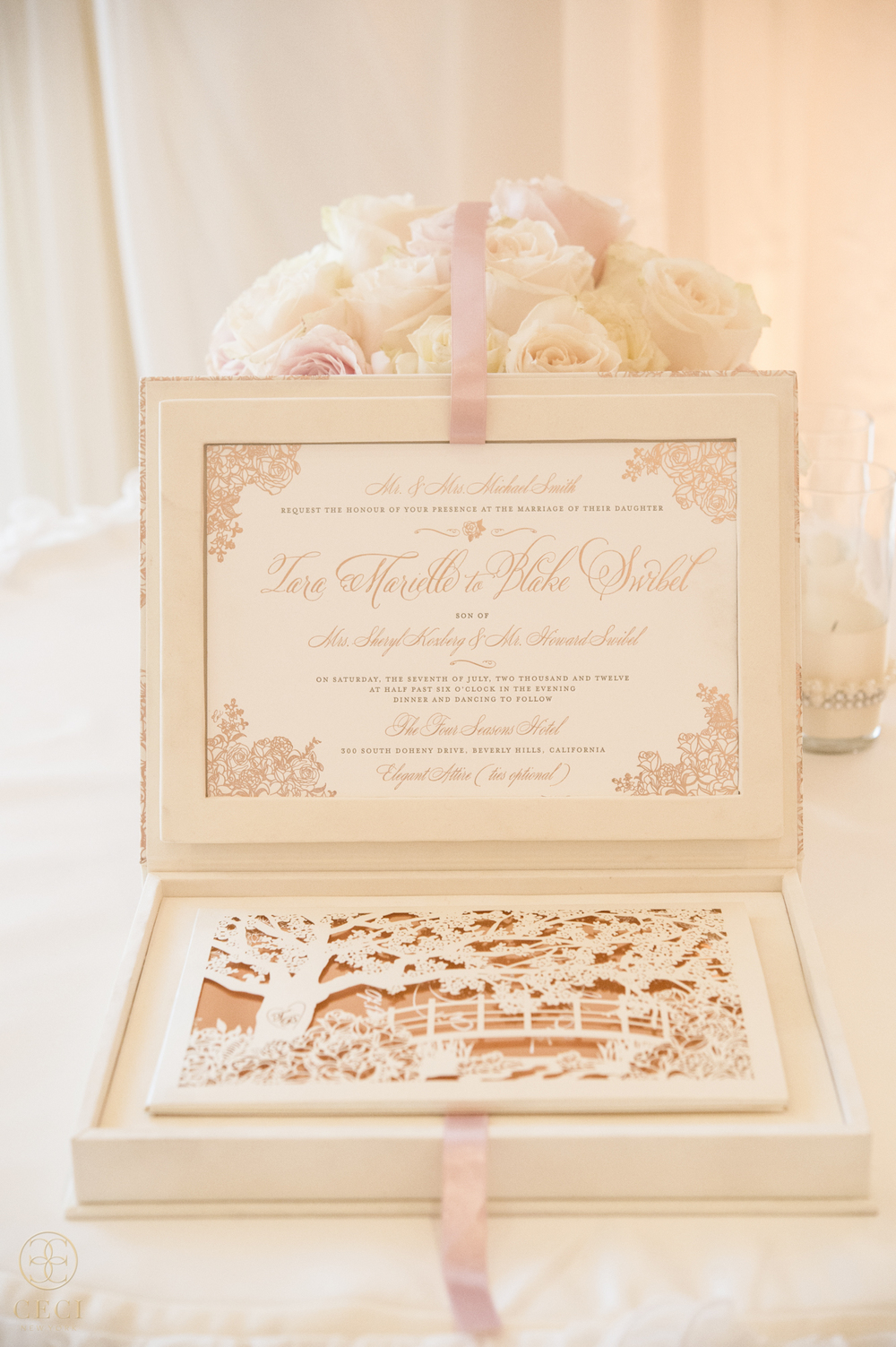 rose_gold_pink_romantic_real_wedding_roses_inspiration_cecinewyork_cecistyle_v152_1-2.jpg
