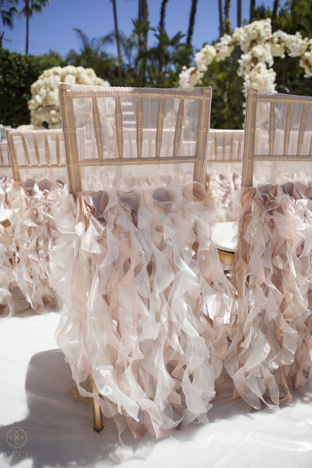 rose_gold_pink_romantic_real_wedding_roses_inspiration_cecistyle_v152-15.jpg