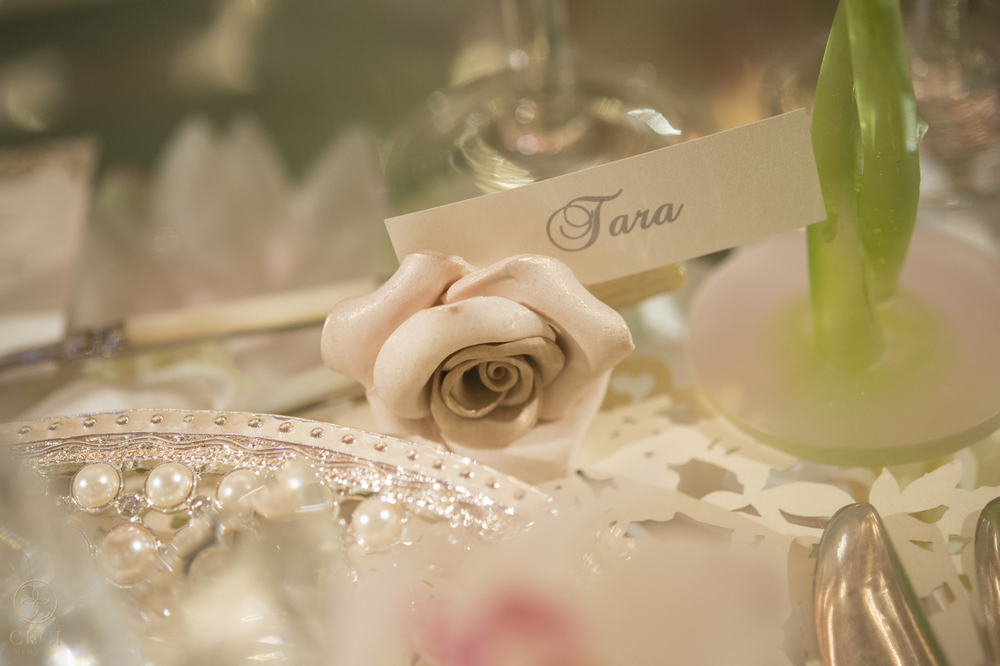 rose_gold_pink_romantic_real_wedding_roses_inspiration_cecistyle_v152-46.jpg