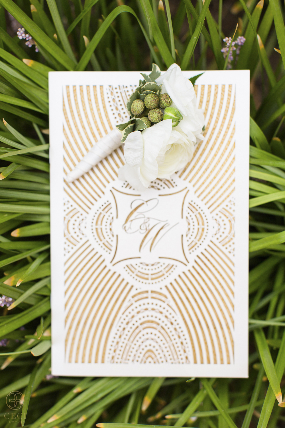 gold_deco_luxe_lavish_wedding_couture_luxury_invitation_design_lasercut_foil_glam_gilded_modern_sophisticated_midland_texas_invitations_suite-1.jpg