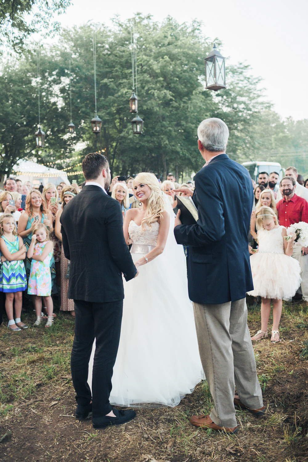 south_carolina_farm_wedding_rustic_chic_surprise_secret_luxe_wedding_bachelorette_emily_maynard_real_weddings-35.jpg