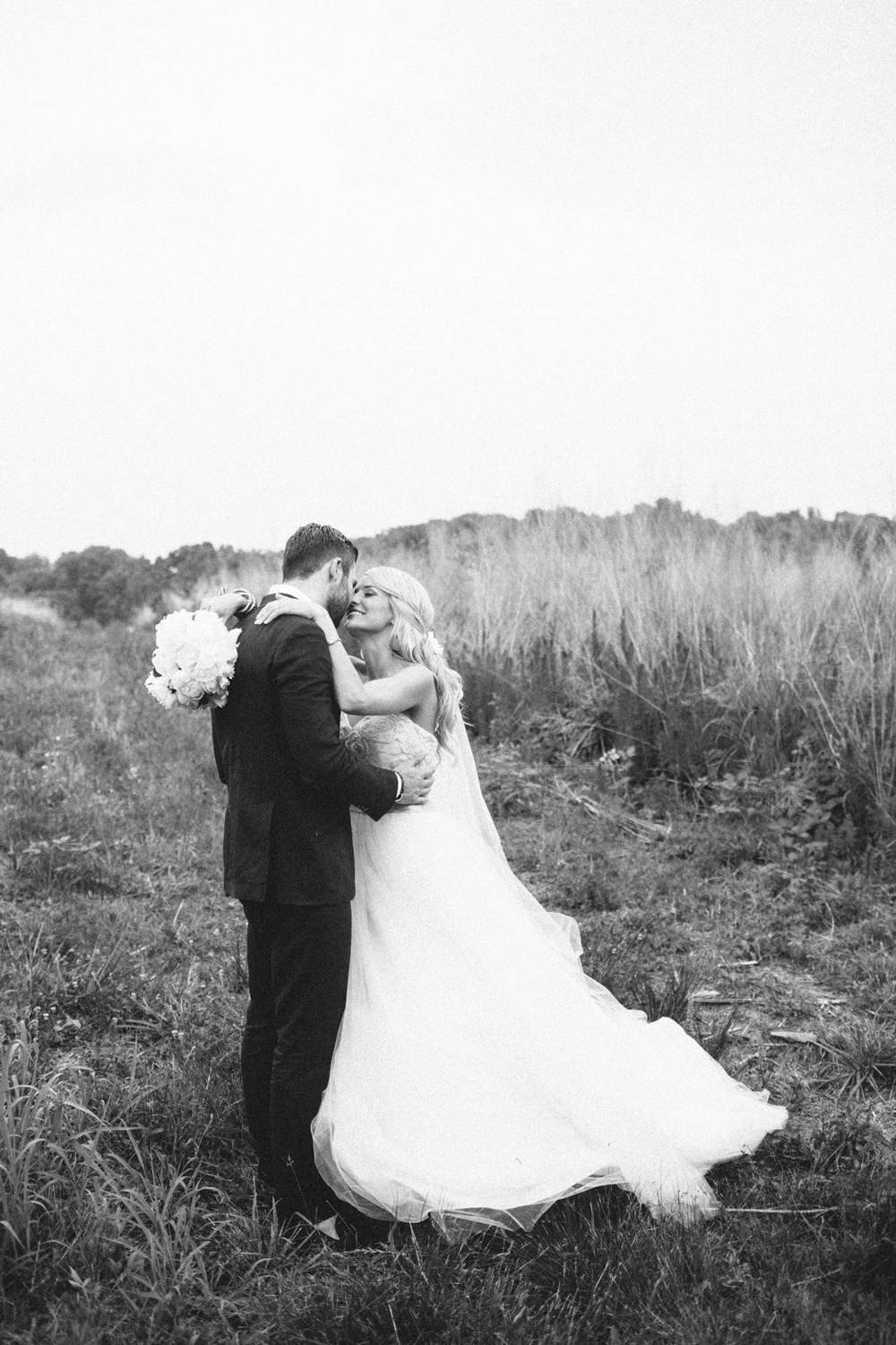south_carolina_farm_wedding_rustic_chic_surprise_secret_luxe_wedding_bachelorette_emily_maynard_real_weddings-59.jpg