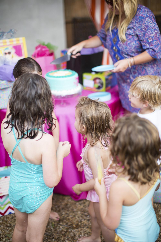 dallas_texas_birthday_party_mae_emily_clarke_events_kids_retro_pool_swim_endless_summer_invitations_ceci_new_york_watercolor_illustration_decor-30.jpg