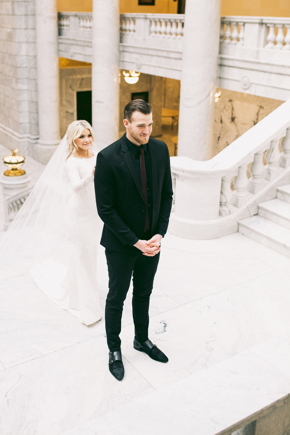 Witney Carson S Winter Wedding Ceci Style