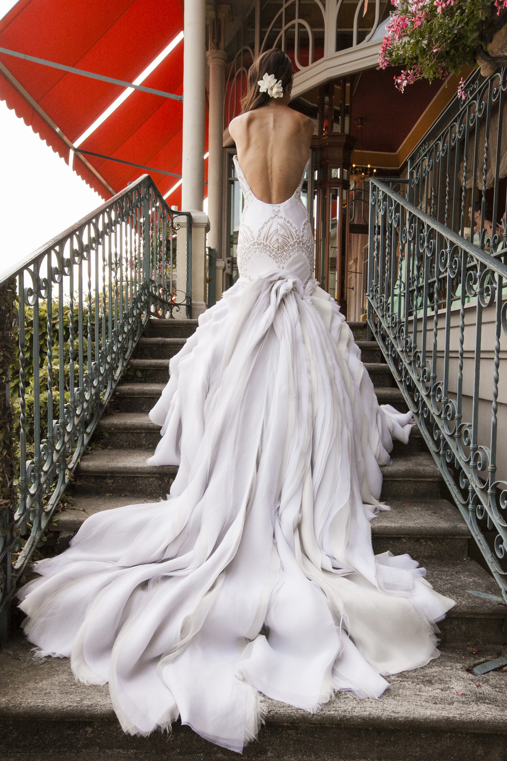 Ceci_New_York_Wedding_Lake_Como_Italy_Luxury_Style_Real_Bride_30.jpg