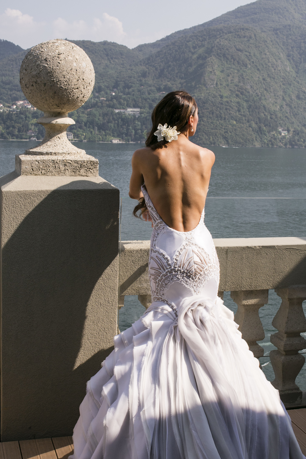 Ceci_New_York_Wedding_Lake_Como_Italy_Luxury_Style_Real_Bride_28.jpg