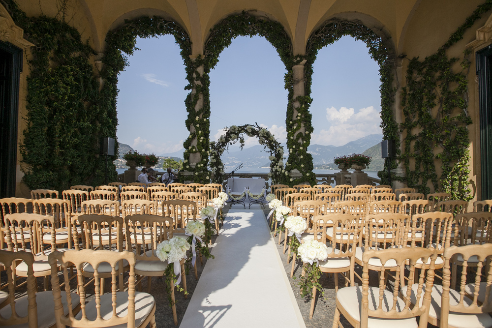 Ceci_New_York_Wedding_Lake_Como_Italy_Luxury_Style_Real_Bride_34.jpg