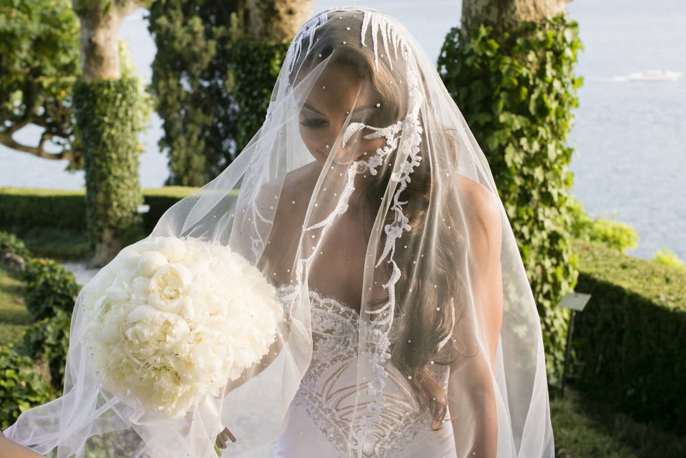 Ceci_New_York_Wedding_Lake_Como_Italy_Luxury_Style_Real_Bride_45.jpg