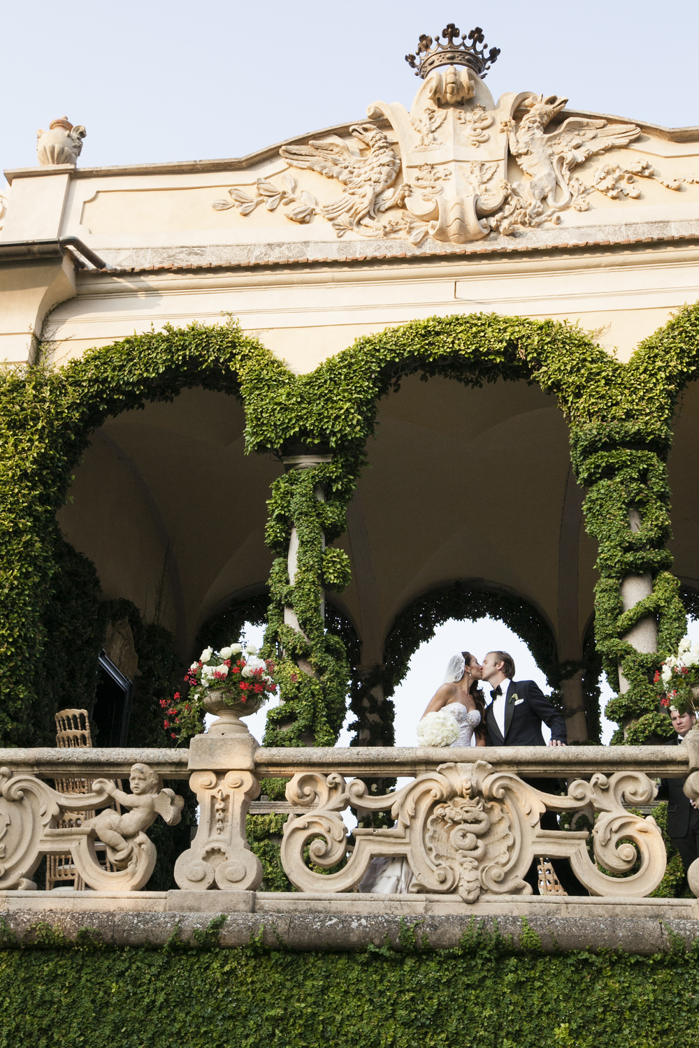 Ceci_New_York_Wedding_Lake_Como_Italy_Luxury_Style_Real_Bride_61.jpg