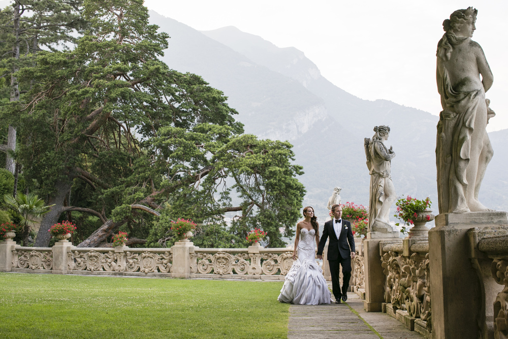 Ceci_New_York_Wedding_Lake_Como_Italy_Luxury_Style_Real_Bride_70.jpg