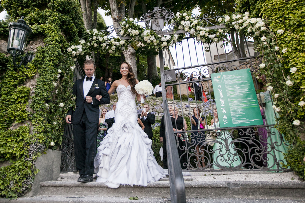 Ceci_New_York_Wedding_Lake_Como_Italy_Luxury_Style_Real_Bride_74.jpg