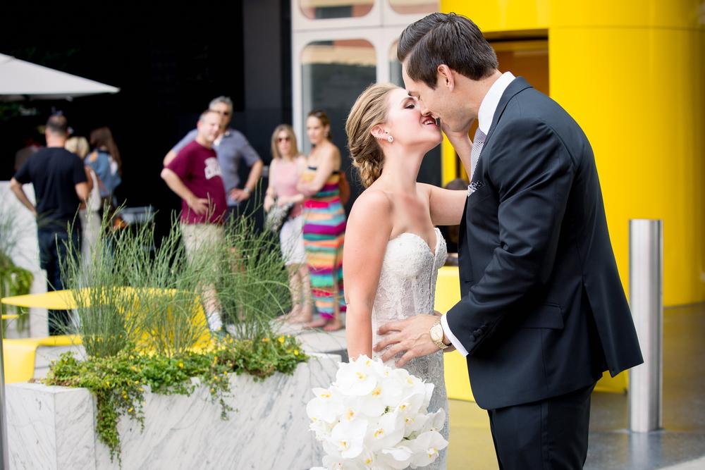 Ceci_New_York_Style_Luxury_Custom_Summer_Wedding_CeciBride_Letterpress_NewYork_Foil_Lighthouse_Chelsea_Piers_17.jpg