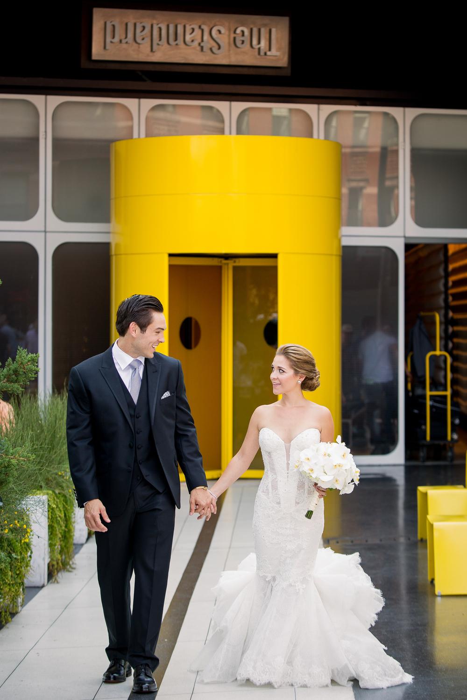 Ceci_New_York_Style_Luxury_Custom_Summer_Wedding_CeciBride_Letterpress_NewYork_Foil_Lighthouse_Chelsea_Piers_19.jpg