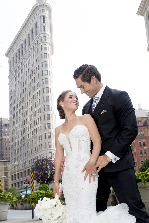 Ceci_New_York_Style_Luxury_Custom_Summer_Wedding_CeciBride_Letterpress_NewYork_Foil_Lighthouse_Chelsea_Piers_28.jpg