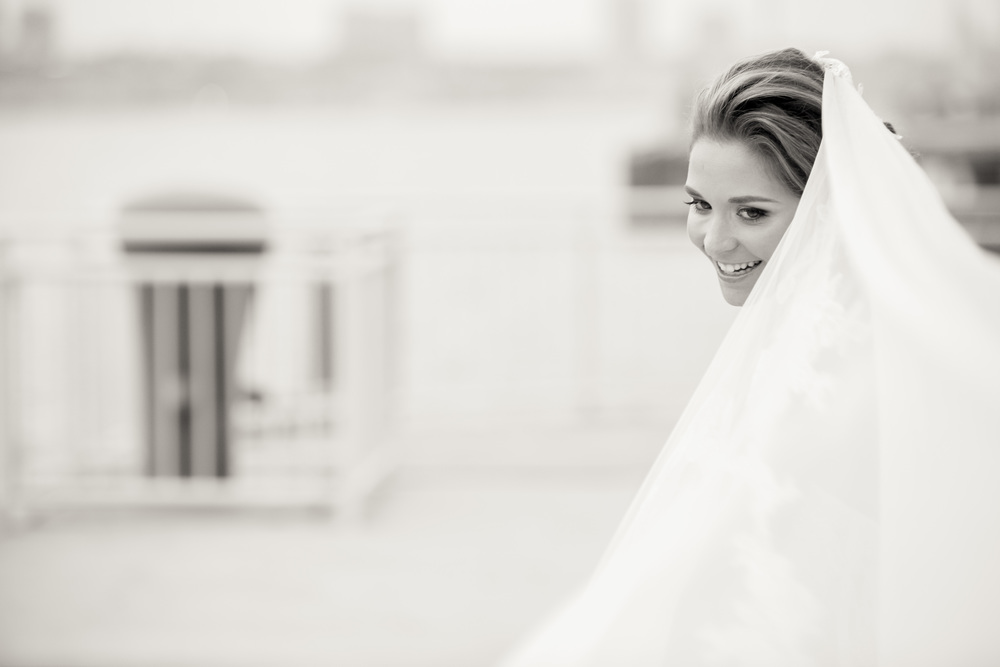 Ceci_New_York_Style_Luxury_Custom_Summer_Wedding_CeciBride_Letterpress_NewYork_Foil_Lighthouse_Chelsea_Piers_56.jpg
