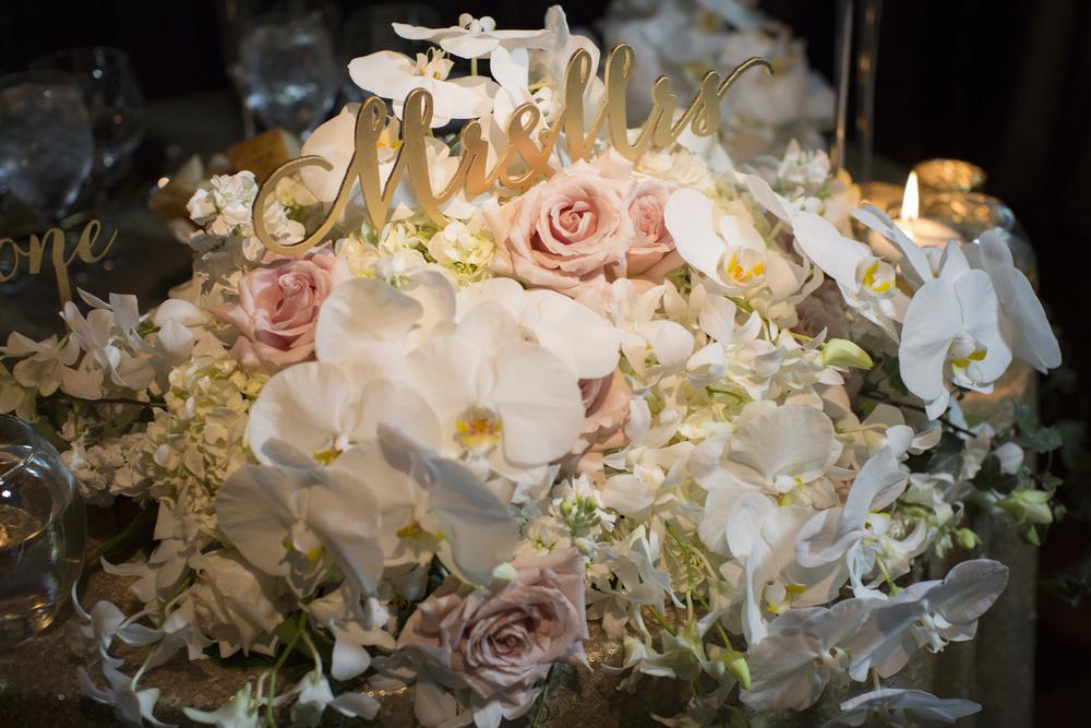 Ceci_New_York_Style_Luxury_Custom_Summer_Wedding_CeciBride_Letterpress_NewYork_Foil_Lighthouse_Chelsea_Piers_65.jpg