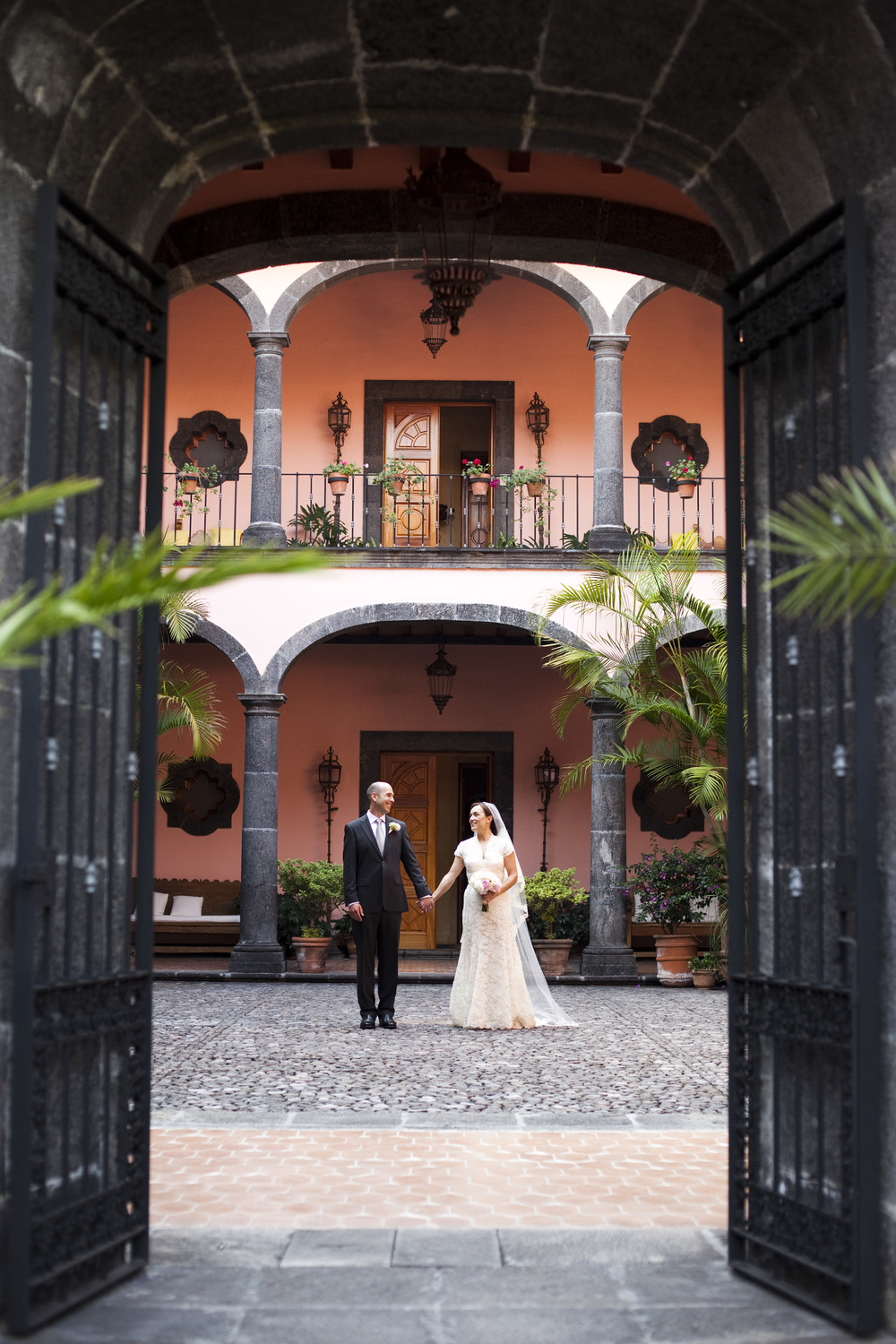 Ceci_New_York_Style_Luxury_Custom_Mexico_Wedding_CeciBride_Letterpress_NewYork_Foil_Hacienda_de_San_Antonio_35.jpg