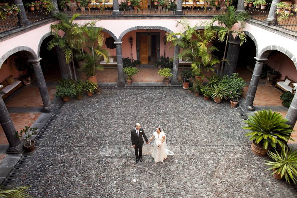 Ceci_New_York_Style_Luxury_Custom_Mexico_Wedding_CeciBride_Letterpress_NewYork_Foil_Hacienda_de_San_Antonio_38.jpg
