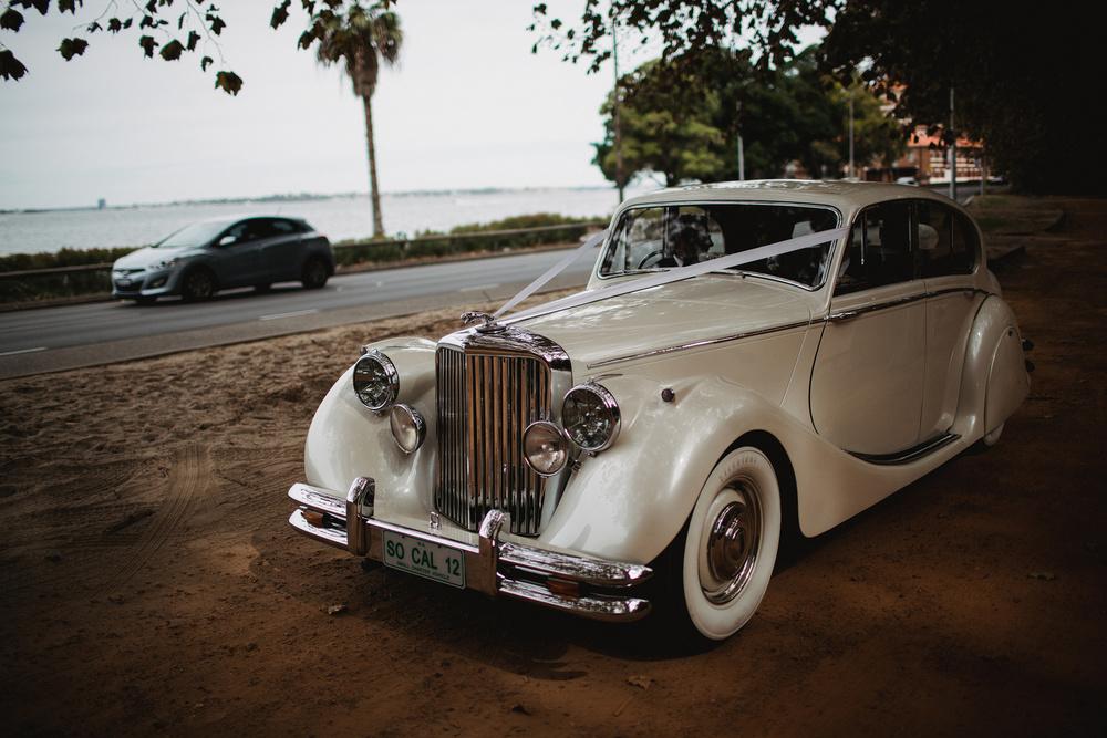Ceci_New_York_Custom_Invitation_Australia_Perth_Destination_Wedding_Luxury_Personalized_Ceci_Style_Bride_13.jpg