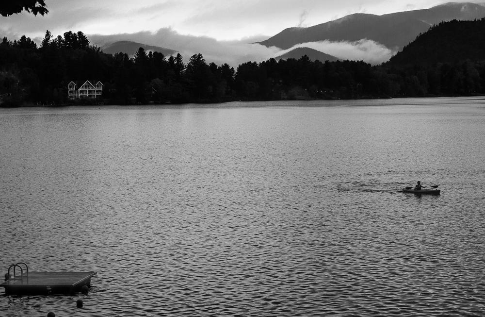 mirror-lake-adirondacks-kayaking-sunrise-black-white