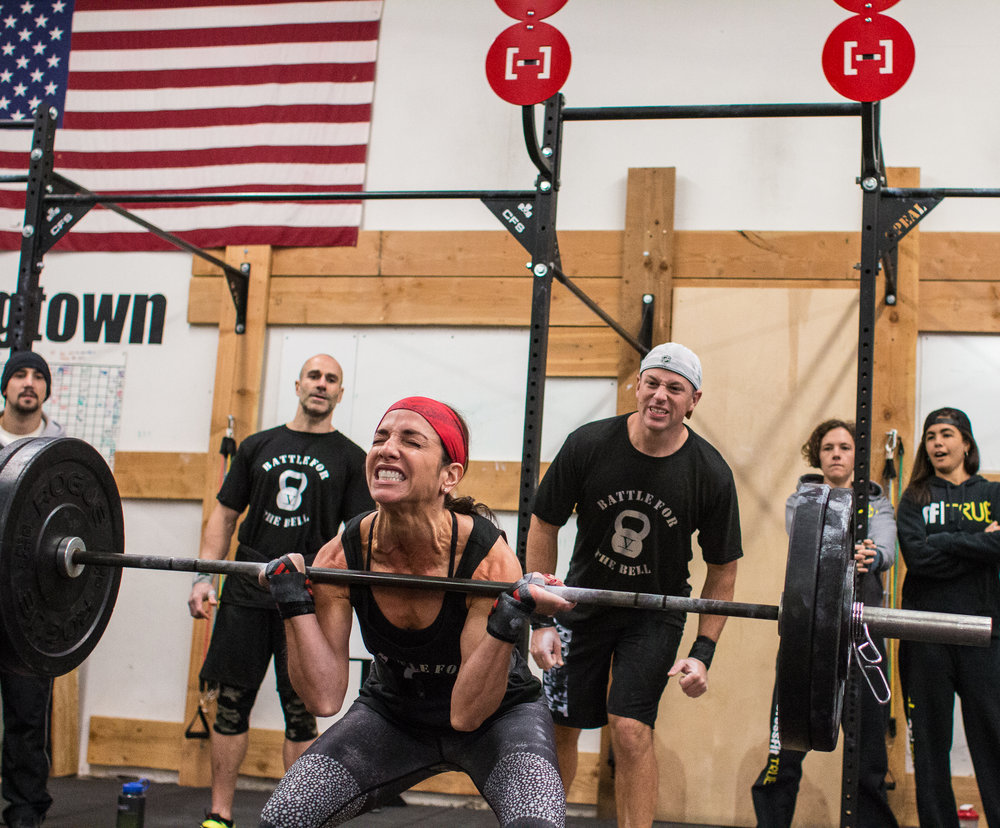 crossfit-strongtown-everyday-lifters-competition-battle-for-bell-2016